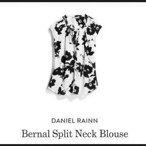 Daniel Rainn Bernal Split Neck Blouse Floral XL